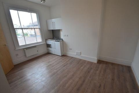 Studio to rent - Park Road, Central, Peterborough