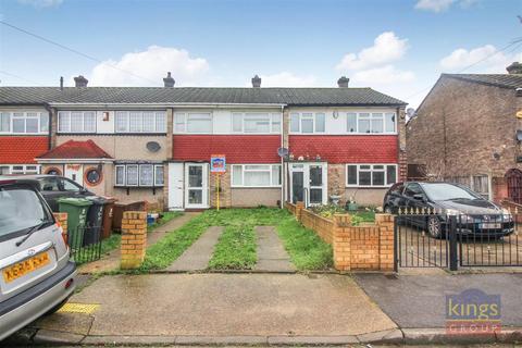 3 bedroom terraced house for sale - Fambridge Road, Dagenham