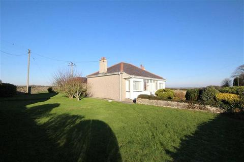 2 bedroom detached bungalow for sale - Dwyran, Anglesey, LL61