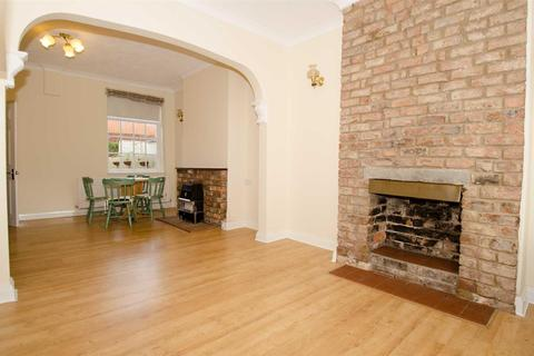 2 bedroom terraced house for sale - Arthur Street, Lawrence Street, York