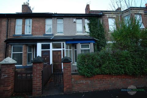 4 bedroom semi-detached house to rent - Chillingham Road, Heaton