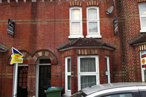 4 bedroom property to rent - Woodside Road, Portswood, Southampton, SO17
