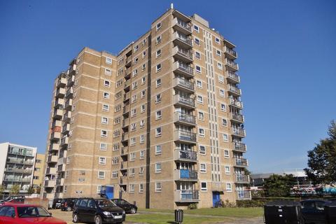 2 bedroom apartment to rent - Bonnington House, Enfield, EN1