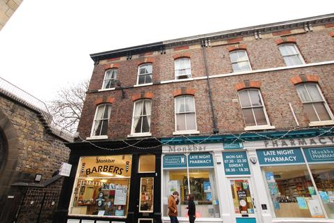 2 bedroom flat to rent - Goodramgate, York, YO1 7LQ