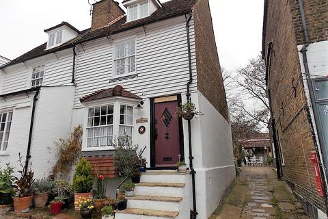 3 bedroom end of terrace house for sale - High Street, Upper Upnor ME2