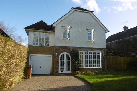 5 bedroom detached house to rent - Angley Road, Cranbrook, Kent TN17 2PG