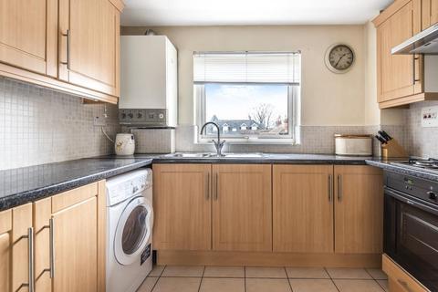 2 bedroom apartment to rent - Riseley Road, Maidenhead, SL6