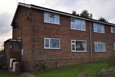 2 bedroom flat for sale - Amy Johnson Avenue, Bridlington, YO16 6HY