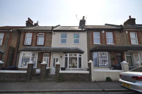 3 bedroom terraced house to rent - St. Patricks Road Ramsgate CT11