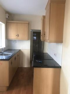 3 bedroom terraced house to rent - Parkhill Road, Smethwick, Birmingham, West Midlands, B67 6AS