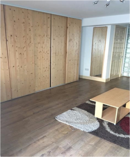 Studio to rent -  Hele Road, Torquay, TQ2