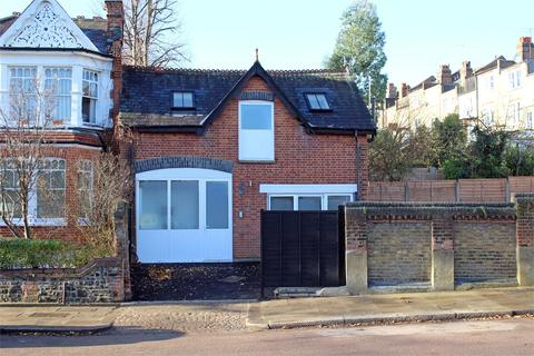 2 bedroom end of terrace house for sale - Coach House, Rosebery Road, Muswell Hill, London