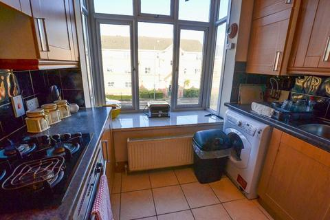 3 bedroom flat to rent - Somerton Road, Cricklewood, London, NW2 1RJ