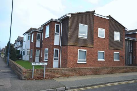 2 bedroom apartment to rent - Two bedroom, first floor apartment, Tankerton