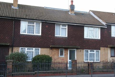 5 bedroom terraced house to rent - Military Road, Canterbury, Two Single Rooms £260 PCM