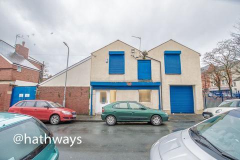Property to rent - West Market Street, Newport