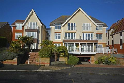2 bedroom flat for sale - Dumpton Park Drive, Broadstairs, Kent