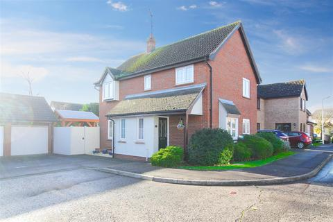 4 bedroom detached house for sale - Fairfax Mead, Chelmsford