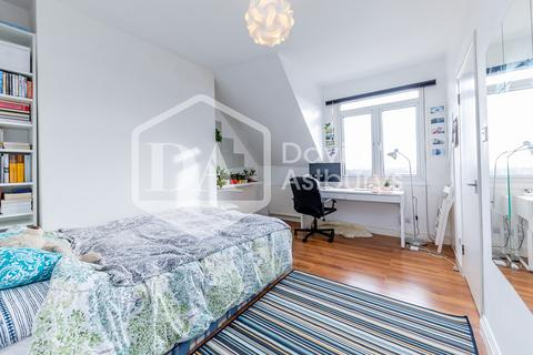 Studio to rent - Mount View Road, Crouch End, Finsbury Park