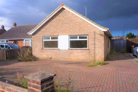 3 bedroom detached bungalow to rent - Gunthorpe Road, Peterborough