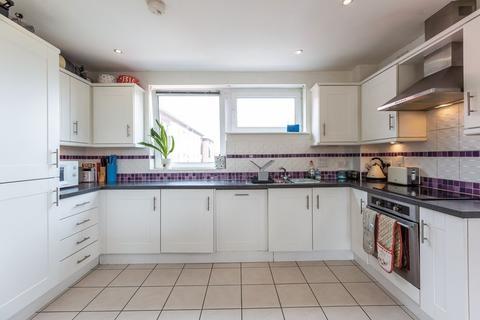 2 bedroom apartment for sale - Cubitt Way, Peterborough, PE2 9NG