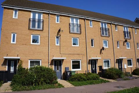 4 bedroom townhouse to rent - St. Edmunds Walk, Hampton Hargate, Peterborough, PE7 8GQ