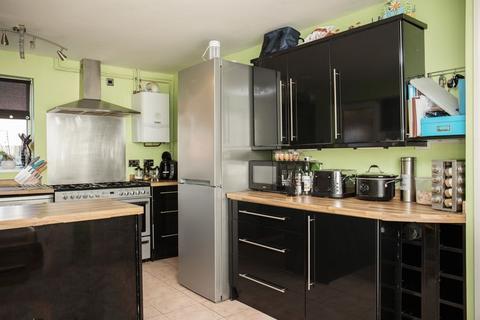3 bedroom detached house for sale - Birchwood, Orton Goldhay, Peterborough, PE2 5UL