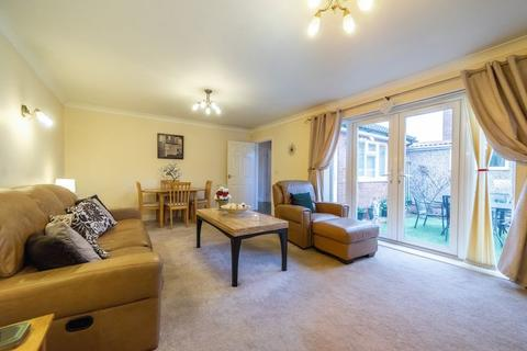 2 bedroom detached bungalow for sale - Lawson Avenue, Stanground, Peterborough, PE2 8QD