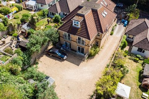13 bedroom block of apartments for sale - FREEHOLD INVESTMENT, LAWSON ROAD BH12