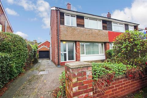 3 bedroom semi-detached house for sale - Whitman Road, Scunthorpe