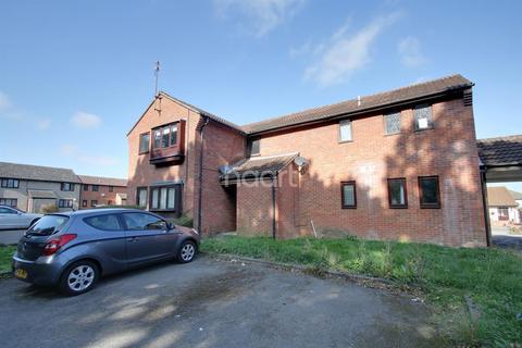 1 bedroom flat for sale - Chinook, Highwoods