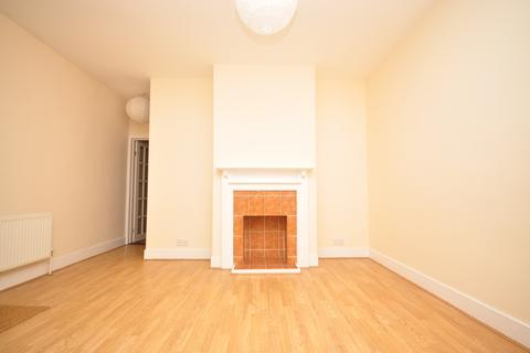 2 bedroom terraced house to rent - Kingsley Road Southsea PO4