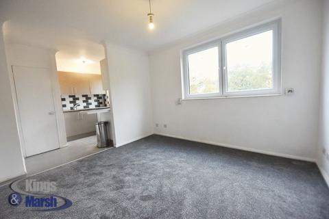 Studio to rent - Blake House, Porchester Mead, Beckenham