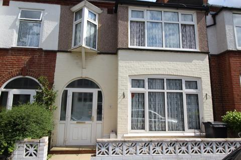 4 bedroom house share to rent - Clevedon Road, SE20