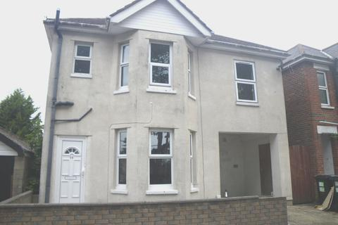 6 bedroom house to rent - Pine Road, Bournemouth BH9