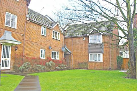 2 bedroom flat for sale - Whippendell Road, WATFORD, Hertfordshire
