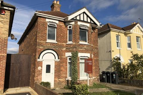 6 bedroom house to rent - Capstone Road, Bournemouth,