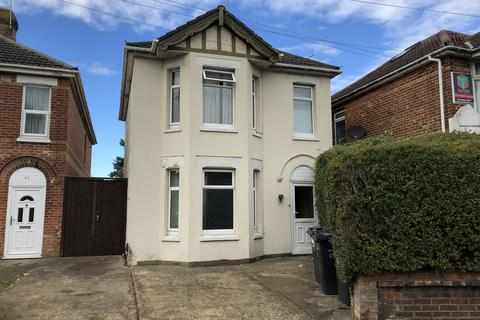 6 bedroom house to rent - Bennett Road, ,