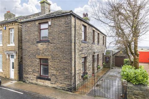 3 bedroom character property for sale - Tweedy Street, Wilsden, Bradford, West Yorkshire