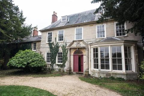 7 bedroom manor house for sale - Old Wolverton Road, Old Wolverton