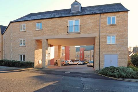 3 bedroom apartment for sale - Riverside Place, Stamford