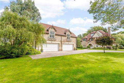 5 bedroom detached house for sale - Alwoodley Gates, Alwoodley, Leeds, West Yorkshire, LS17