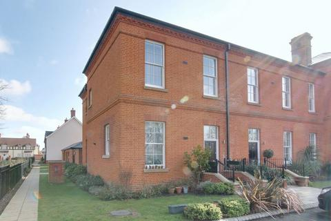 3 bedroom house for sale - Brigadier House, Colchester