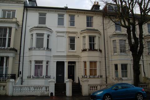 2 bedroom maisonette to rent - Buckingham Road
