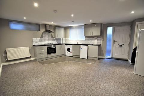 1 bedroom flat to rent - Middle Road, Brighton