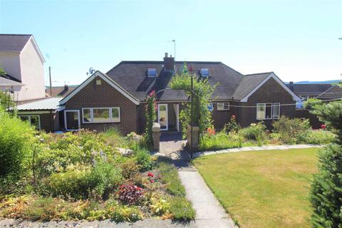 3 bedroom detached bungalow for sale - Springfield Drive, Cinderford