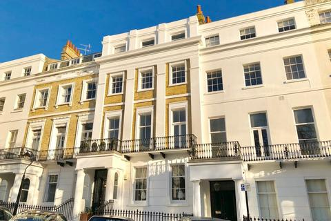 2 bedroom flat to rent - Sussex Square, Kemp Town