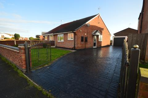 2 bedroom semi-detached bungalow to rent - Tawney Close, Kidsgrove