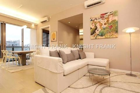 3 bedroom apartment - Grand Austin, 9 Austin Road West, Tsim Sha Tsui