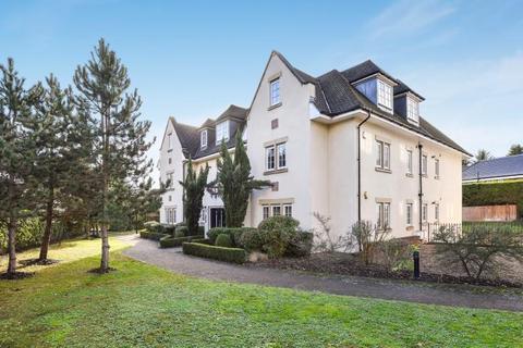 2 bedroom apartment to rent - Mackintosh Court Gerrards Cross SL9 8EN